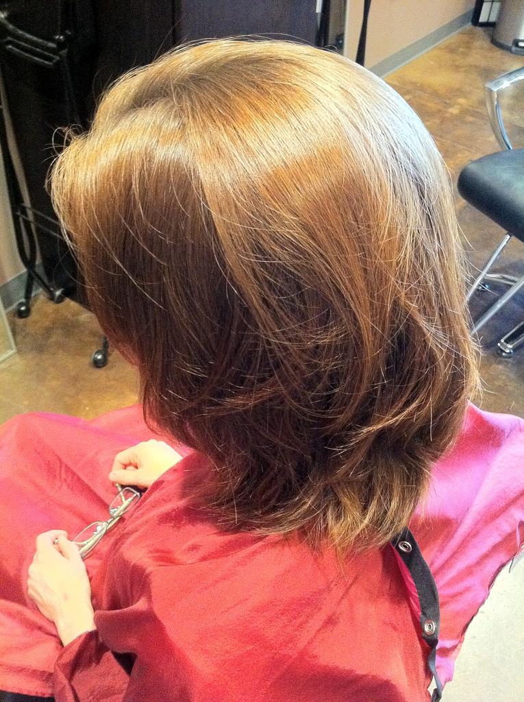 farbowanie włosów w ciąży